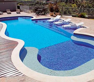 Resultado de imagem para piscinas de alvenaria